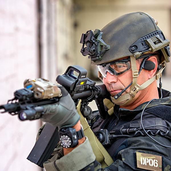 1c6a1842841 oakley balistici militari