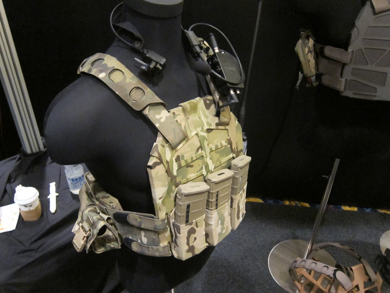 SS_Precision_Plate_Frame_Tactical_Armor_Plate_Carrier_Body_Armor_with_Velocity_Systems_API_BZ_Ballistic_Rifle_Plate_Armor_Plate_SHOT_Show_2012_DefenseReview.com_DR_7