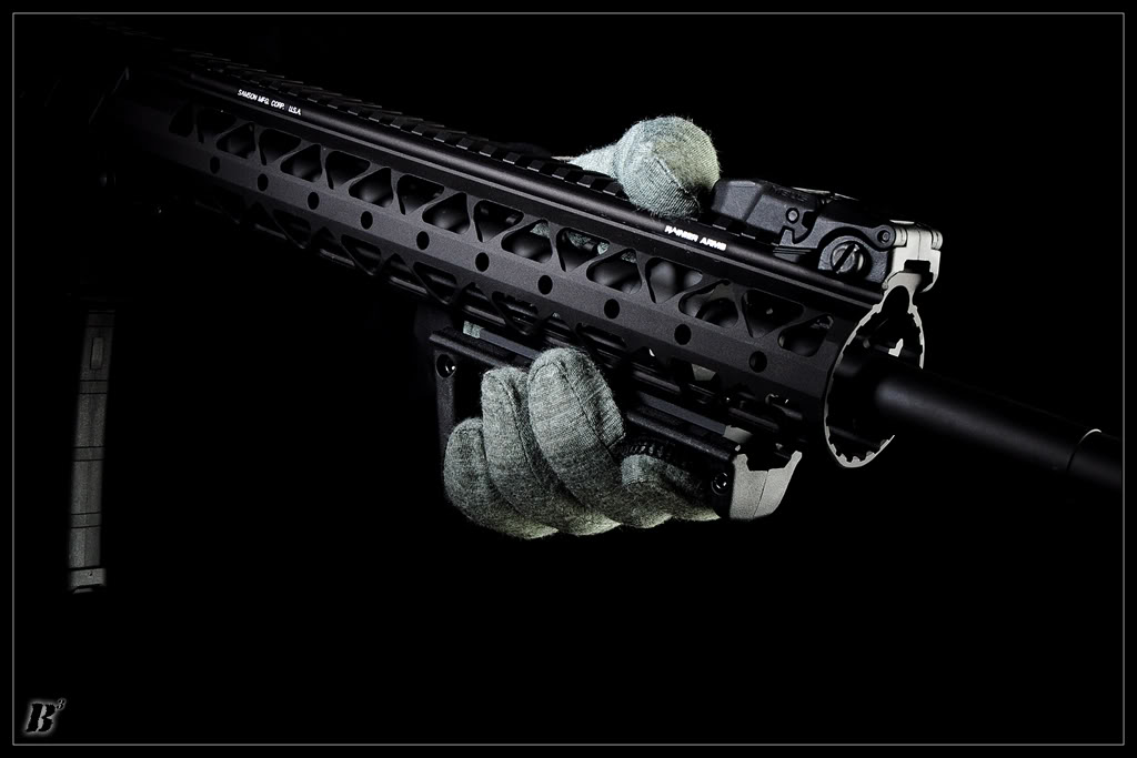 rifle-grip-blk-01