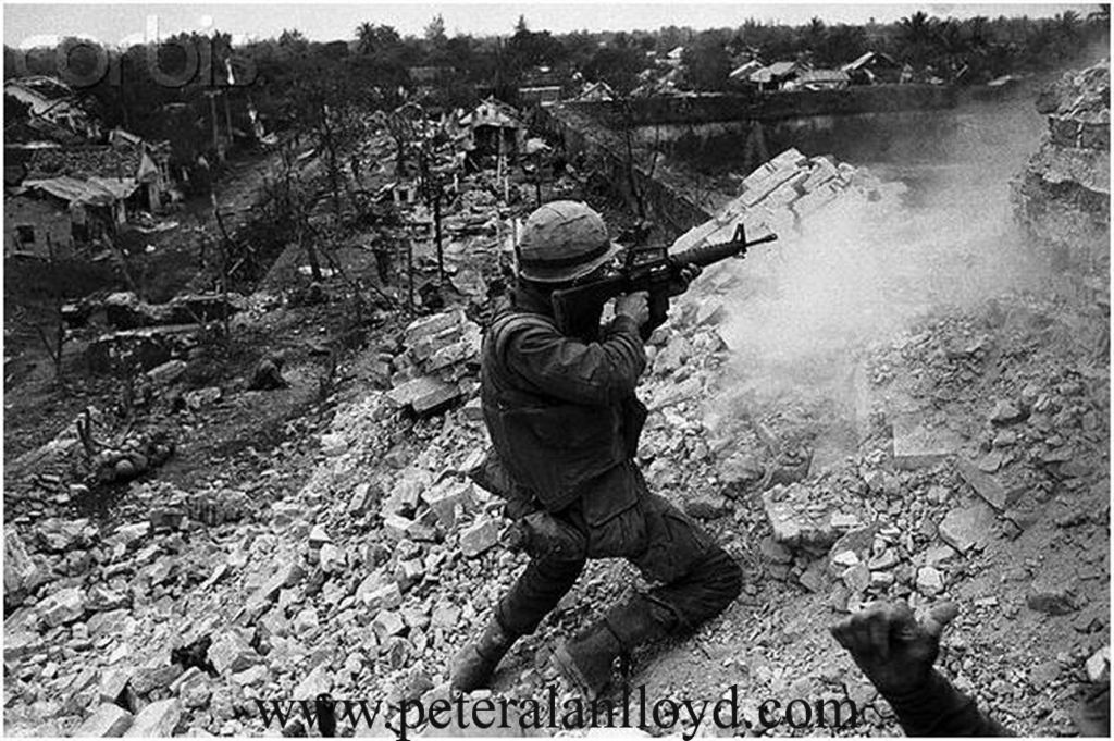 the battle of hue The battle of huế - also called the siege of huế - was one of the longest and bloodiest battles of the vietnam war highway 1, passing through the city of huế, was an important supply line for arvn, us, and allied forces from the coastal city of đà nẵng to the vietnamese demilitarized zone (dmz.